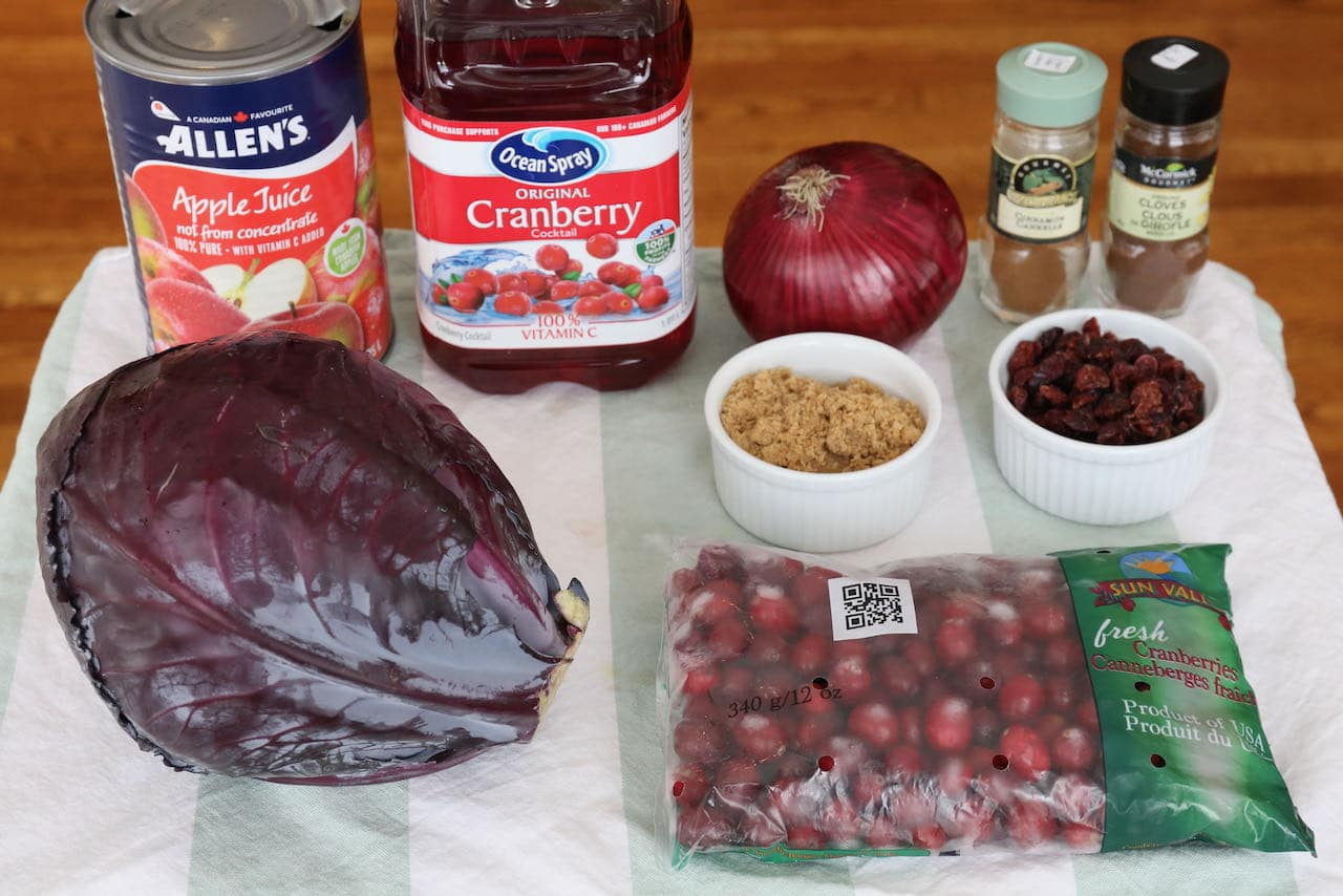 Homemade Red Cabbage with Cranberries recipe ingredients.