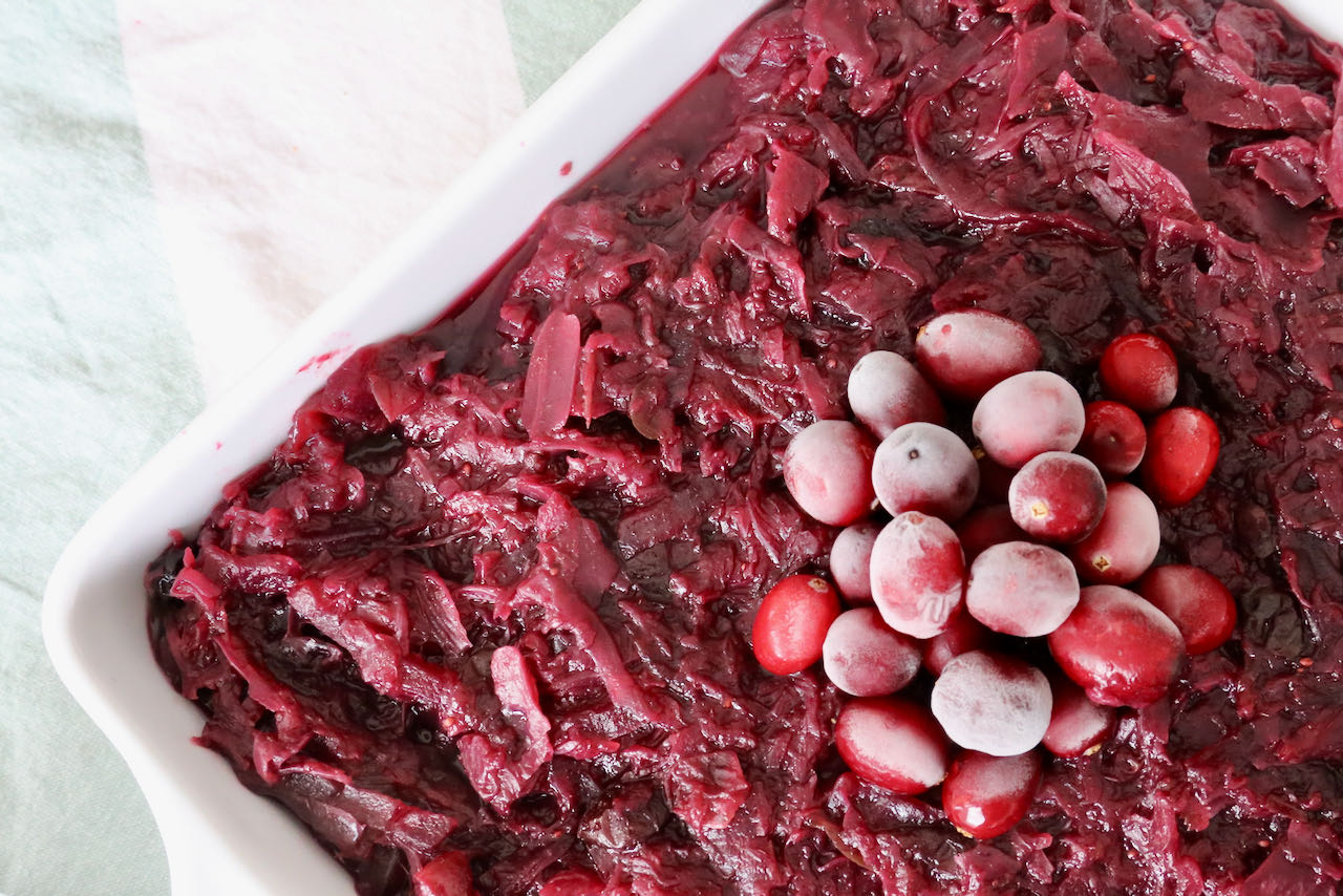 Vegan Slow Cooked Red Cabbage with Cranberries Recipe