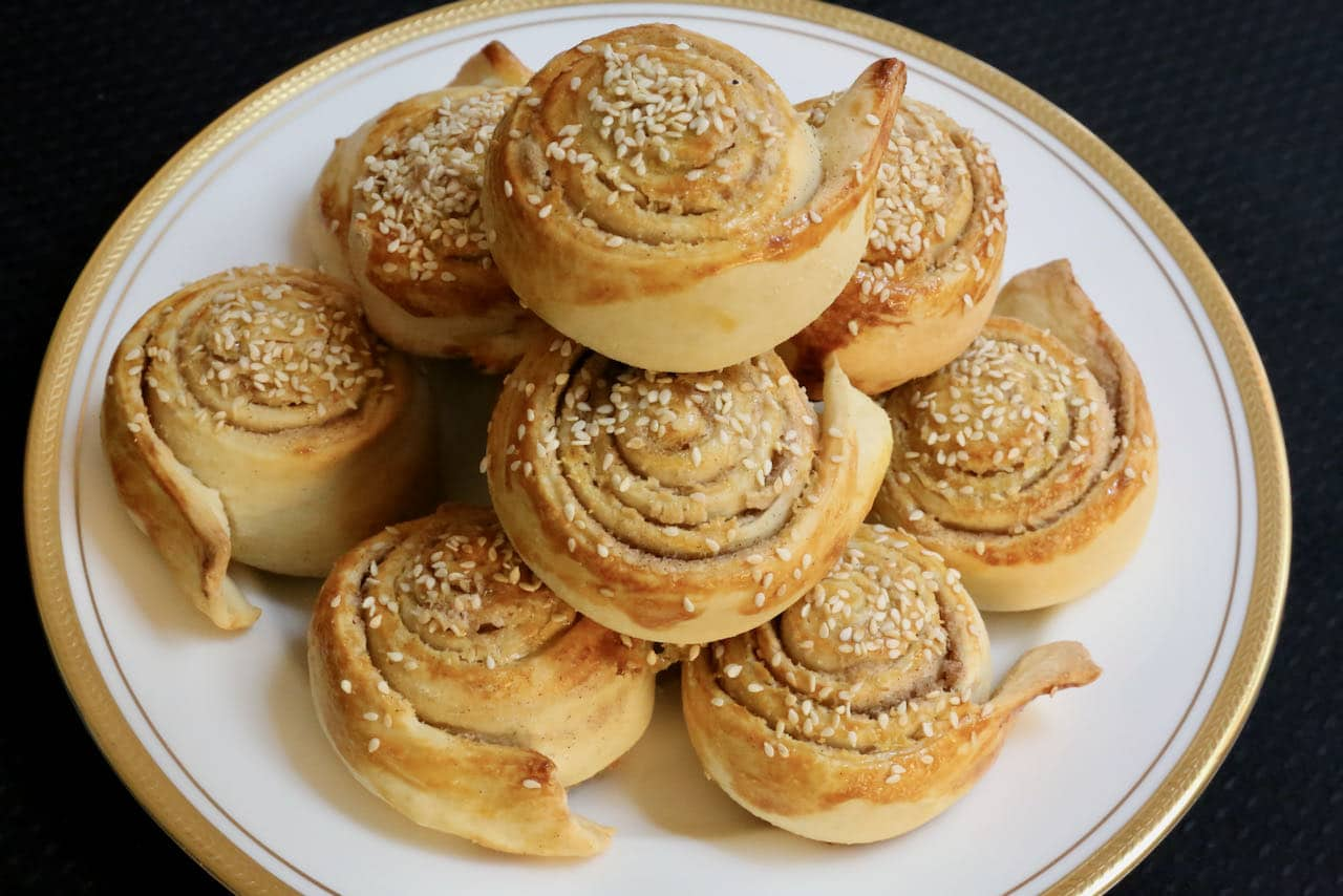 Now you're an expert on how to make homemade Tahini Rolls!