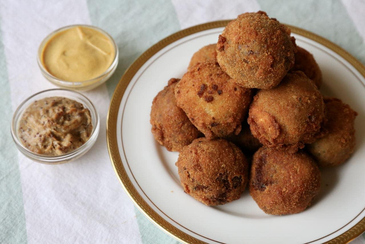 Bitterballen Recipe Easy Dutch Fried Meatballs