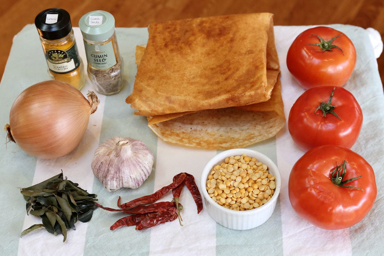 Healthy vegetarian Tomato Chutney For Dosa ingredients.