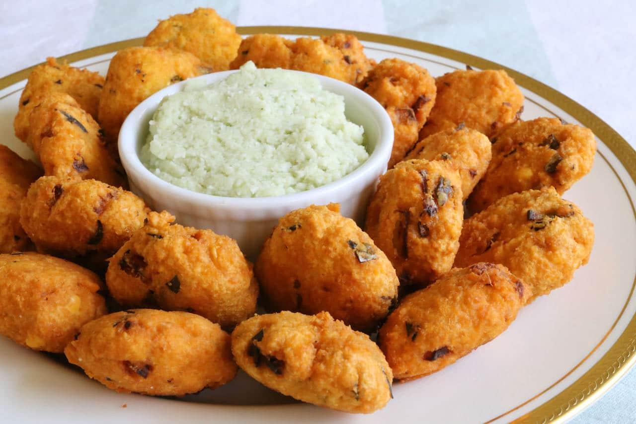 Parippu Vada Recipe With Coconut Chutney