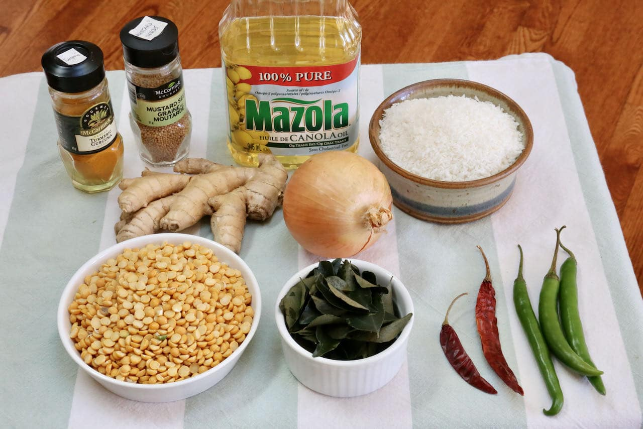 Parippu Vada recipe ingredients.