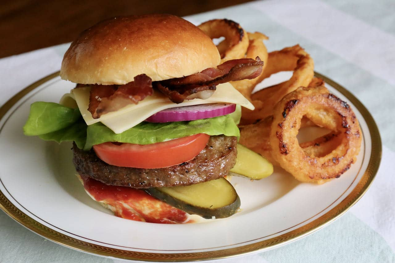 Serve crispy onion rings with barbecue burgers, grilled steaks or as a simple snack.