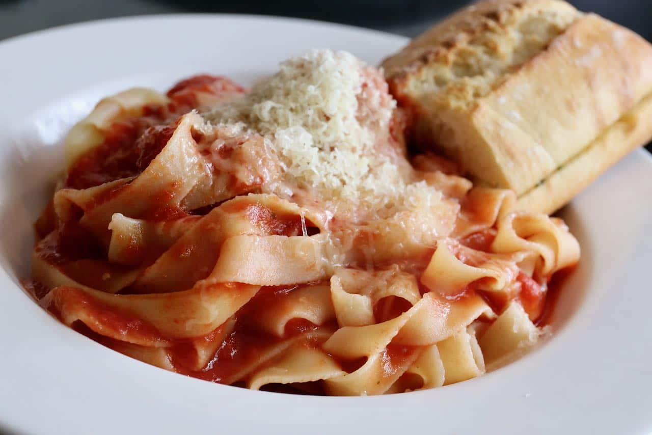 Orillia Restaurants: Tre Sorelle makes fresh pasta daily.
