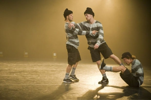 Dance Tribute to the Art of Football at World Stage
